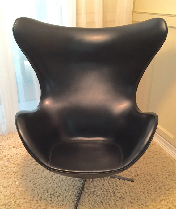 Original Arne Jacobsen Egg Chair (available At Retro Appeal)